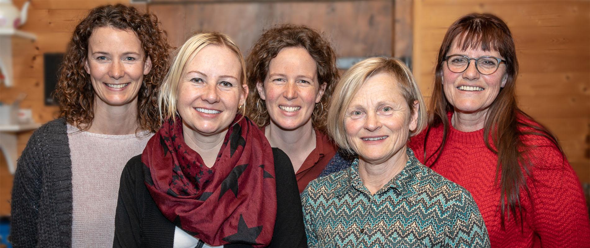 Marianne Liesch, Nadine Jermann, Nadja Oberluggauer, Judith Pandolfi, Rita Insel